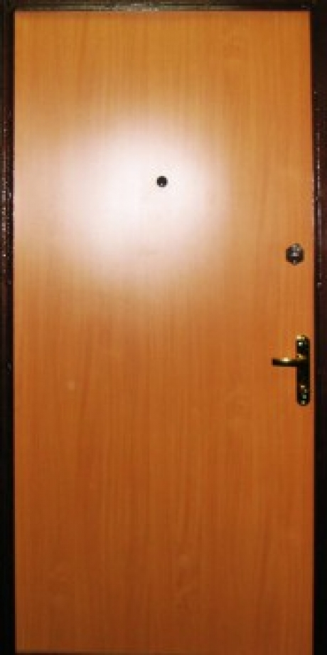 Дверь с ламинатом модель 42
